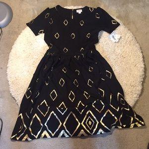 Brand New! LulaRoe Black & gold Large Amelia dress